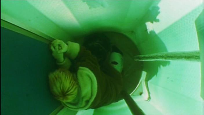Public Toilet (2002)